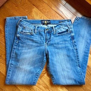Lucky Brand jeans Size   Good used condition